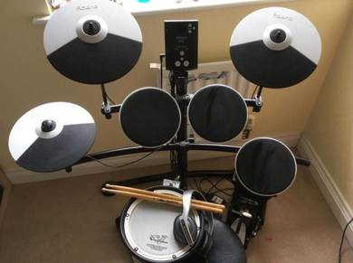Roland td 1kv electronic drum kit throne etc