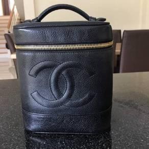 Vintage Chanel Bucket Caviar GHW