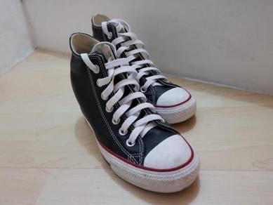 Women Converse (high heel)