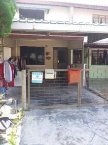 Rumah pelajar / pekerja di Taman Cempaka & Pekan Razaki untuk di sewa