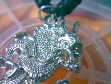 ABPSM-D042 Silver Tone Rock Gothic Dragon Necklace