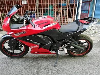 Kawasaki Ninja 250 untuk dilepaskan