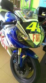 1st model Yamaha R1 Rossi edition