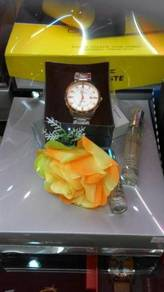 Gift Set Watch and Perfumes