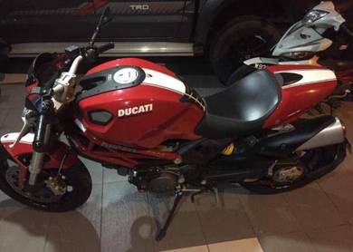Ducati Monster 796 Red TipTop Bike
