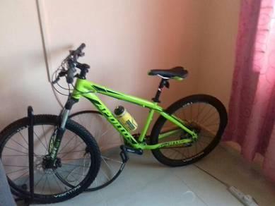 Bascycle 9 gears moden apollo aspire 20