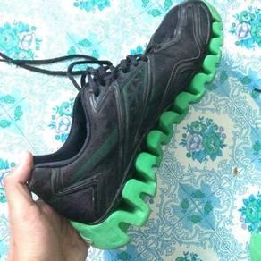 Kasut Jogging/Hiking brand Reebok