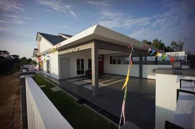 Taman Arowana Rumah Berkembar Berdekatan Pantai Teluk Kemang