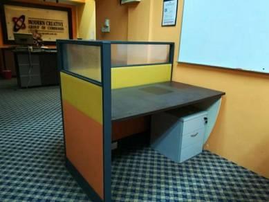 Meja pejabat