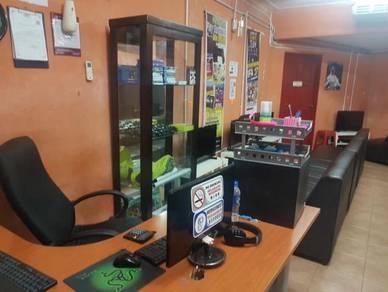 Cyber cafe untuk dijual komputer dan ps4