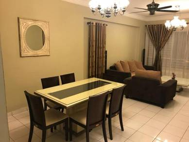 Tastefully furnished Condo at Cameron Towers