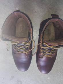 Safty shoes police