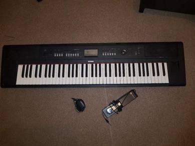 Yamaha Piaggero NP V80 Piano