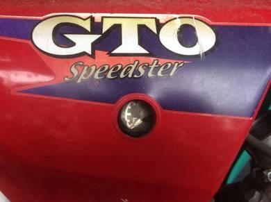 Vintage motorcycle spare parts : kawasaki GTO