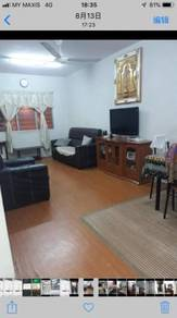 Valencia Apartment , Seksyen 25 , First floor , Corner Unit , Big Size