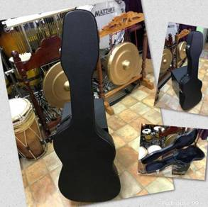 Guitar Hard Case : Black