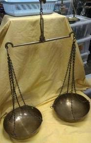 Old Vintage India Brass Weighing Scale