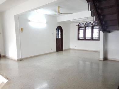 Ss14 2 storey Semi Detach, Subang Jaya ( Main Road/ Commercial Value