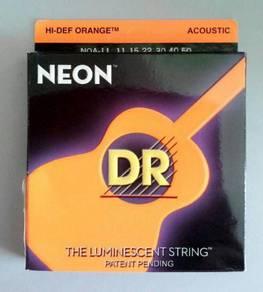 Dr.Neon Glow Acoustic Guitar String (Orange)