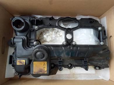 BMW X1 (E84) Used Engine Valve Cover