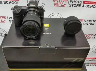 Nikon Z7 Mirrorless Digital Camera with 24-70mm Le
