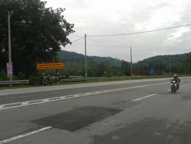 Road Side Vacant Land in Tikam Batu