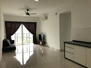Tropicana Bay Residences, 3 Bedrooms, Simple Furnished, 2 Car Parks