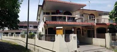Ipoh p.puteh corner renovated partial furnished d.storey house for sal