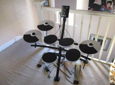 Roland drum kit TD-1KV Very Good In comdition