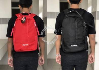 Supreme laptop beg backpack