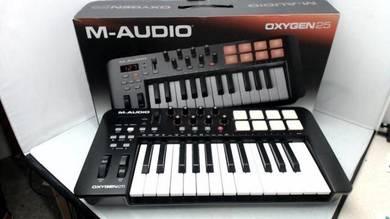 M-Audio Oxygen 25 USB Midi Keyboard Controller. Fu
