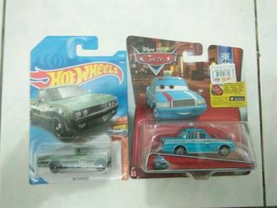 Hotwheels and cars