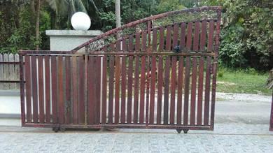 Pintu pagar 2 pintu