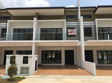 22x70 Rawang Opposite Aeon Anggun 3 Freehold New Superlink Club House