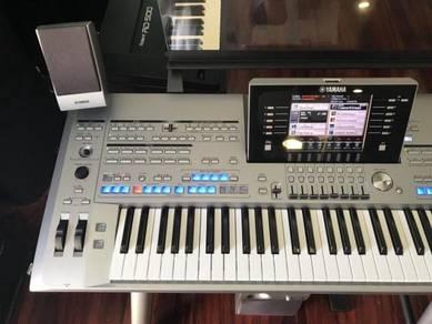 Yamaha Tyros 5 61 Keyboard