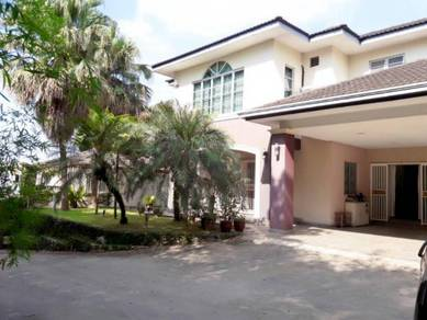 Homestay Super Spacious (Bungalow 7115sqft)