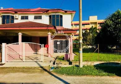 Rumah Teres Dua Tingkat Untuk Disewa- Kuala Terengganu