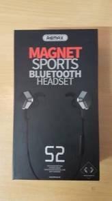 Magnet sport bluetooth headset