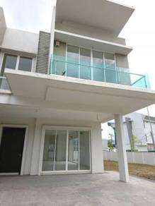 Corner 2-storey superlink, dolomite templer, rawang for sale