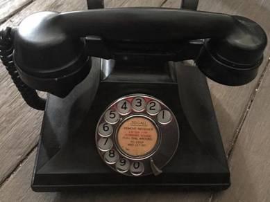 V5 - Antique England Telephone / Telefon Antik
