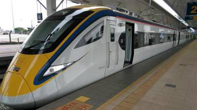 ETS train from Ipoh to Tampin/Melaka. 18/2/2018