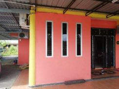 Corner lot, single storey, freehold for sale- Kuching
