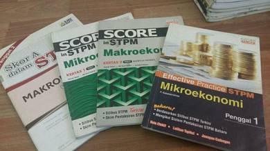 Score stpm mikroekonomi dan makroekonomi