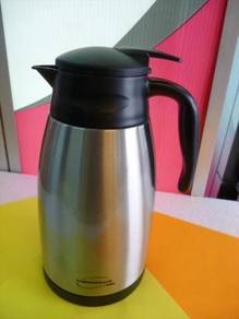New THERMOS 1.5L Stainless Steel Vacuum Carafe
