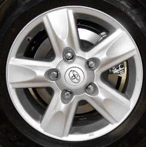 Original 18 Inch Toyota Land Cruiser Rim