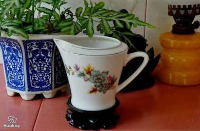 Creamer pot
