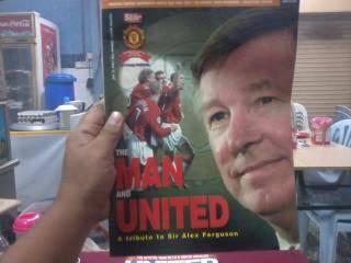 Buku the man & united