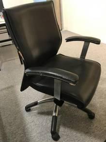 Sturdy and heavy office chair putrajaya
