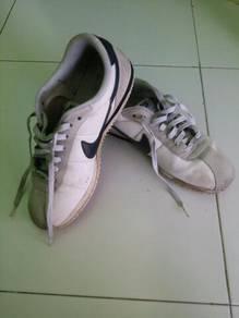 Nike white sport