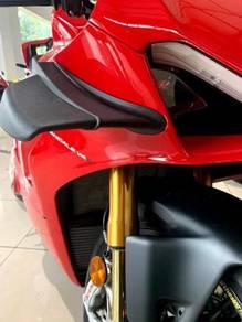 Ducati Panigale V4 S New Winglet